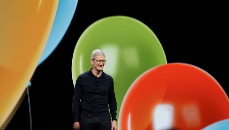 Apple stock $1 trillion valuation