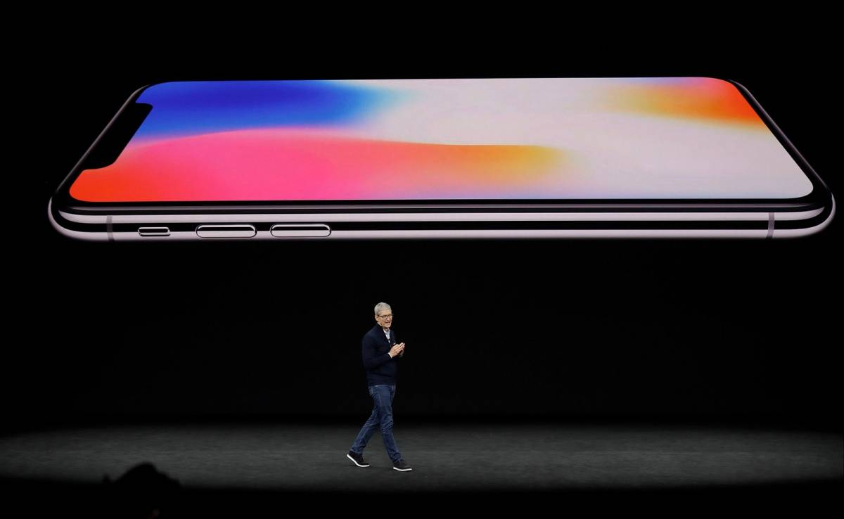 Apple iPhone Xs live stream