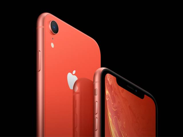 iPhone XR vs. iPhone 8