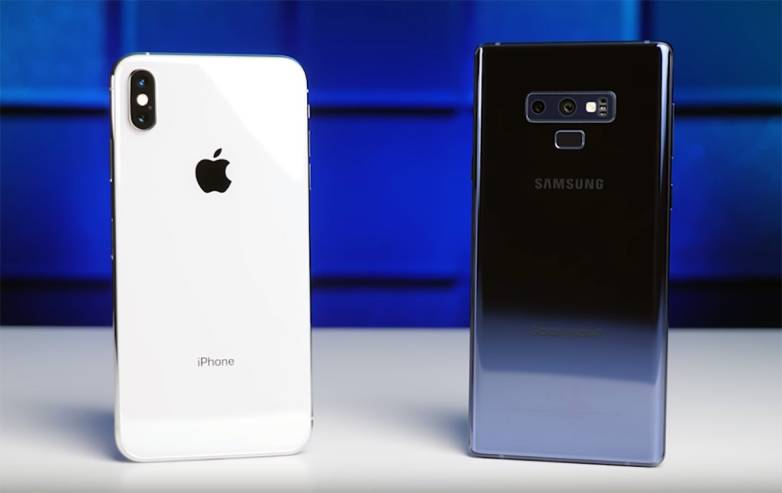 iPhone 11 vs. Galaxy Note 10