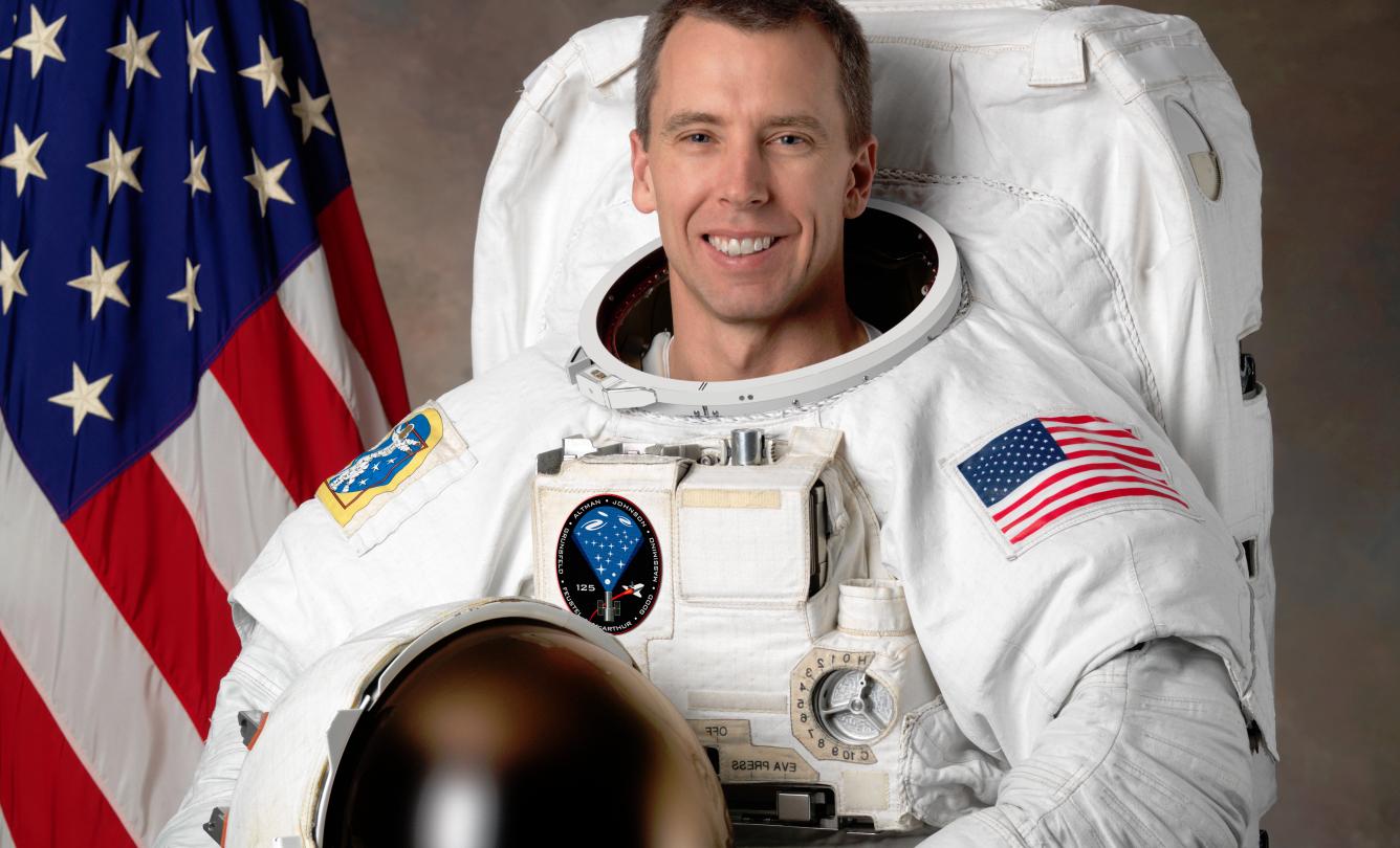 astronaut gravity