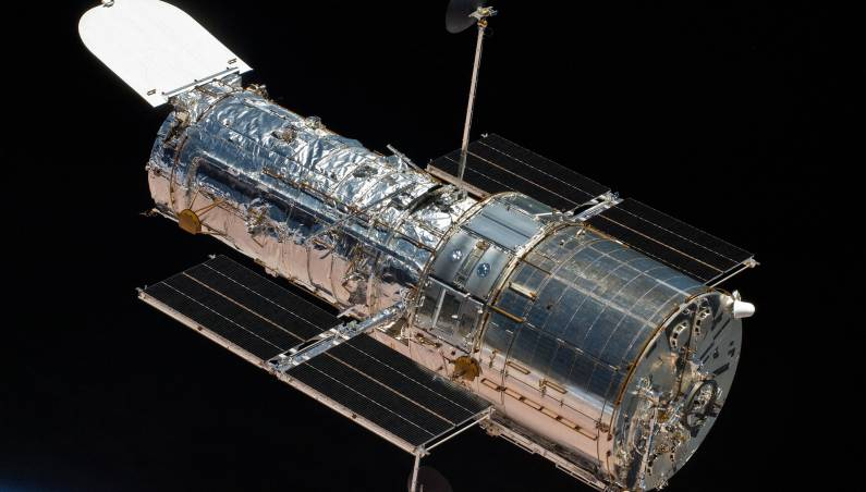 hubble telescope camera