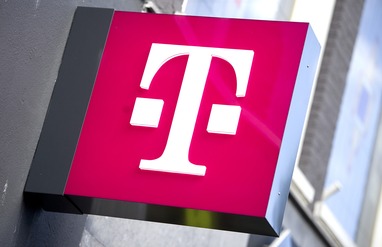 T Mobile Black Friday 2019 Deals Unveiled Early Ahead Of Friday Launch Bgr