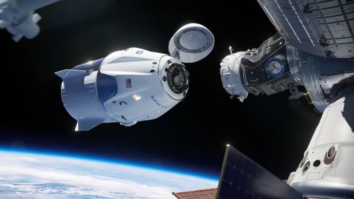 crew dragon space junk