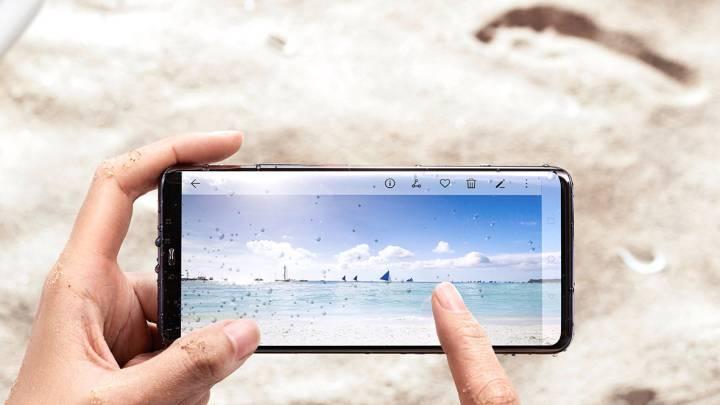 Galaxy S10 Vs iPhone XS