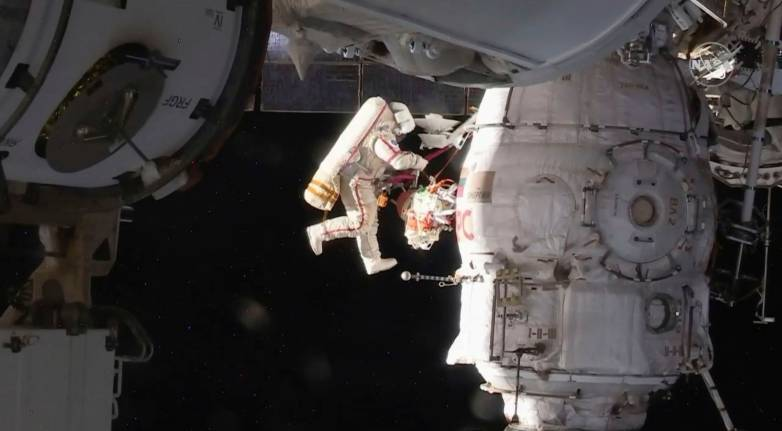 nasa spacewalk live