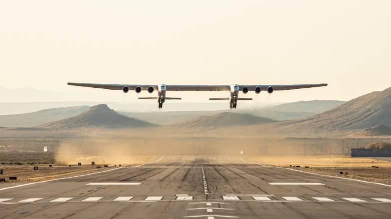 stratolaunch test flight