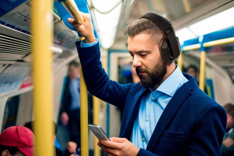Noise Canacelling Headphones