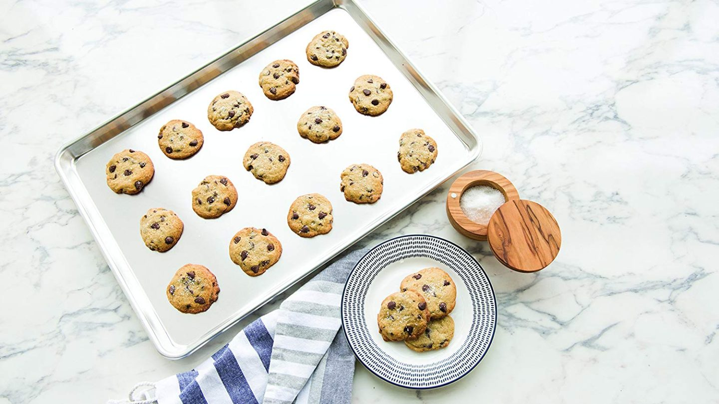The Most Awesome Cookie Sheets For Baking