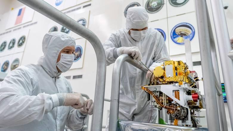 mars 2020 rover laser
