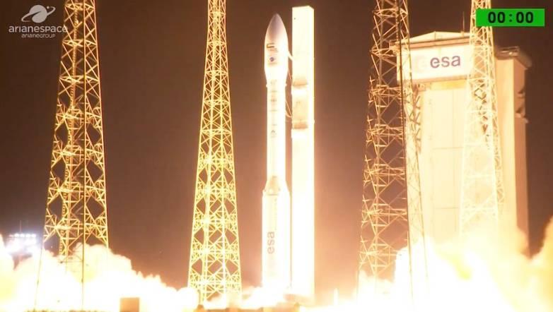 uae satellite crash