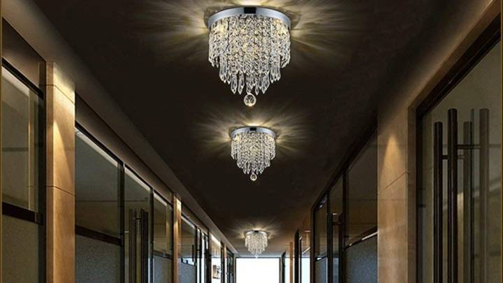 Best Chandelier for Your Entryway