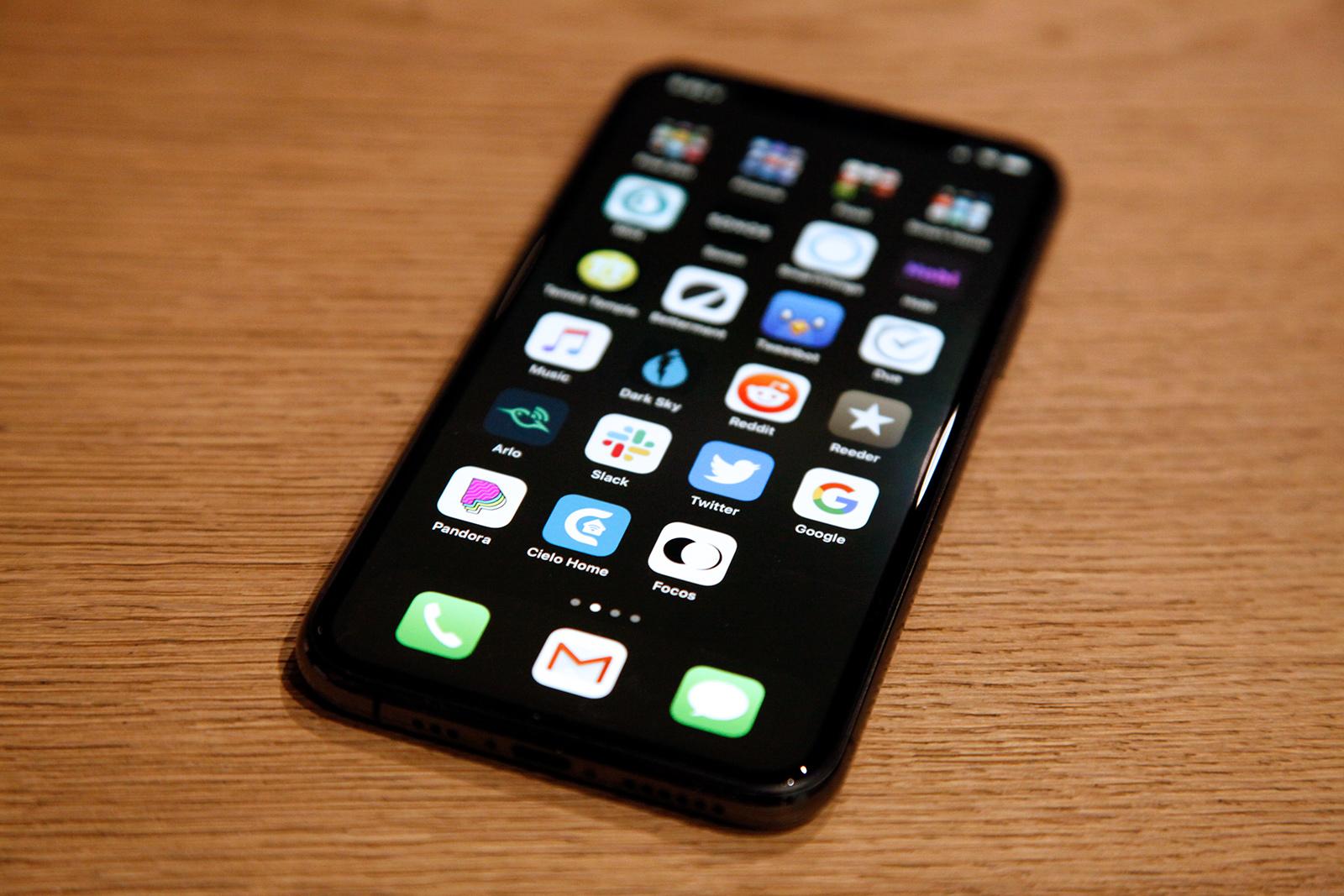 iphone 11 pro black wp