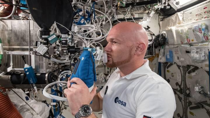 breathing in space