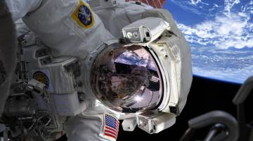 spacewalk batteries