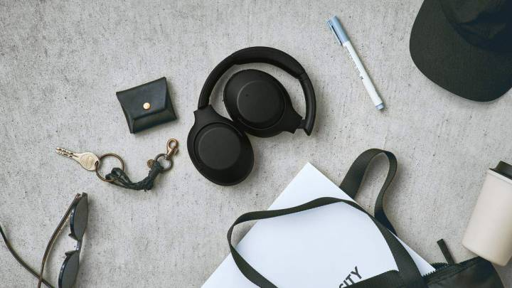 Sony Noise Cancelling Headphones Cyber Monday 2019 Deal