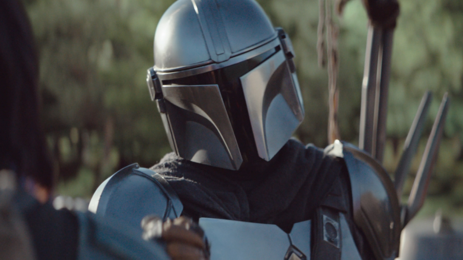 The First Big Mandalorian Spoiler Comes Straight From The Actor Himself Bgr