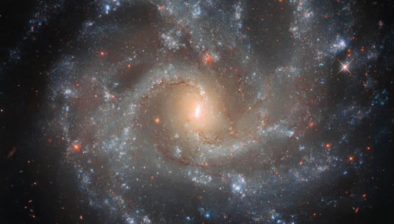 hubble galaxy