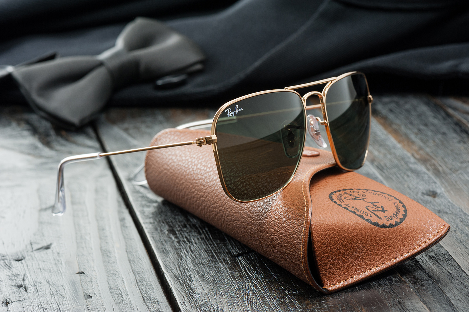 Amazon's blowing out Oakley and Ray-Ban sunglasses for one day on Sunday – BGR