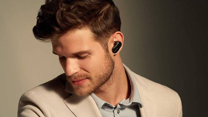 Sony Earbuds Vs AirPods Pro