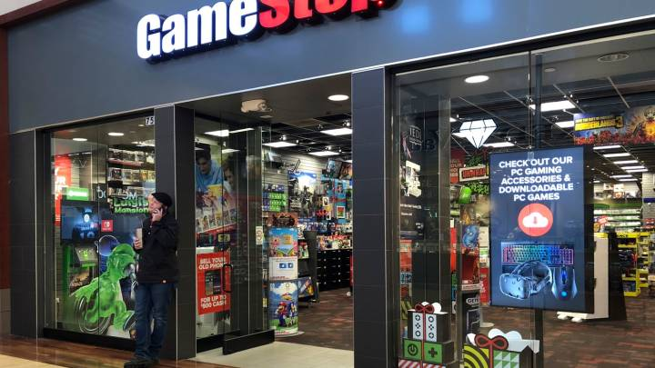 GameStop closing stores
