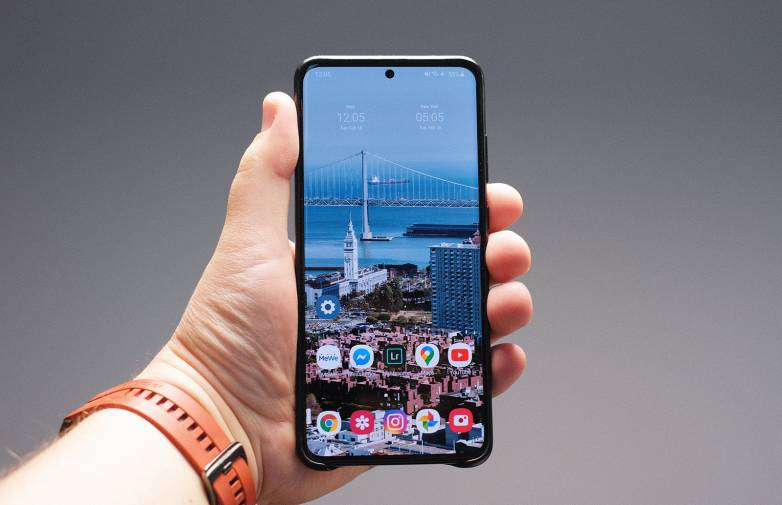 Galaxy S20 Ultra Vs iPhone 11 Pro Max