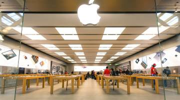 Apple Opening Stores