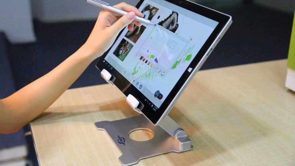 Best for Larger Tablets