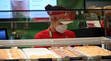 krispy kreme graduation donuts