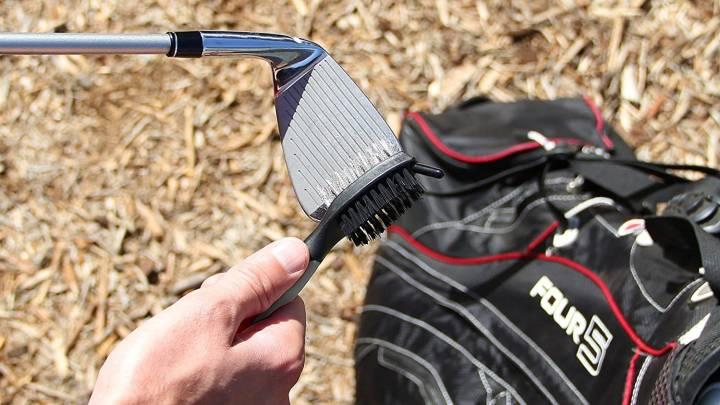 Best Golf Brush and Groove Cleaner