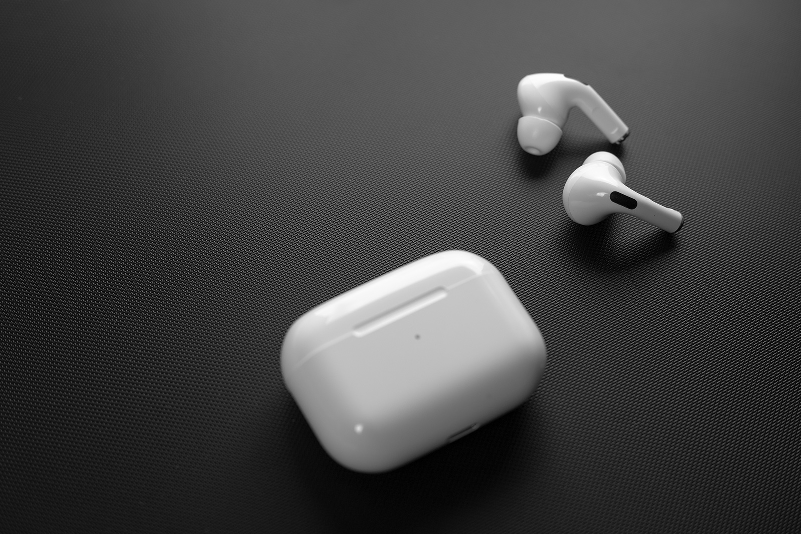 Apple Is Planning To Launch New Airpods And Airpods Pro In 2021 Bgr