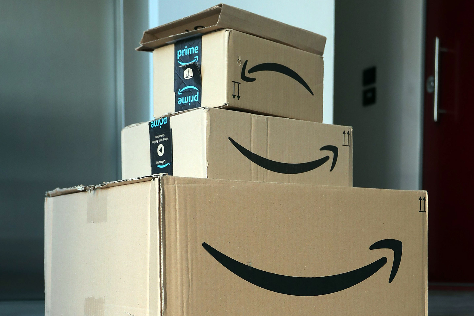 Today S Top Deals Early Amazon Black Friday 2020 Sale 1 40 Black Kn95 Masks Clorox Wipes 17 Portable Speaker More Bgr