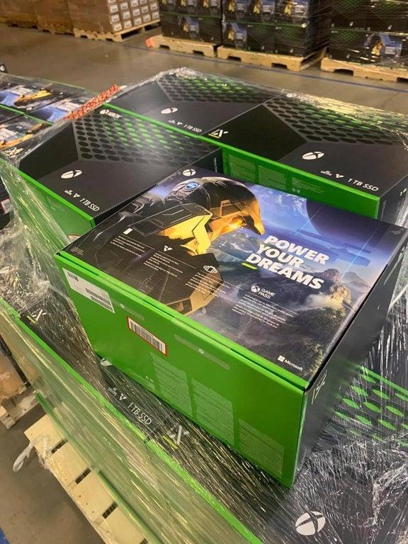Xbox-Series-X-Consoles-Retail