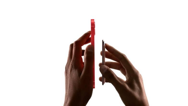 iPhone 12 MagSafe