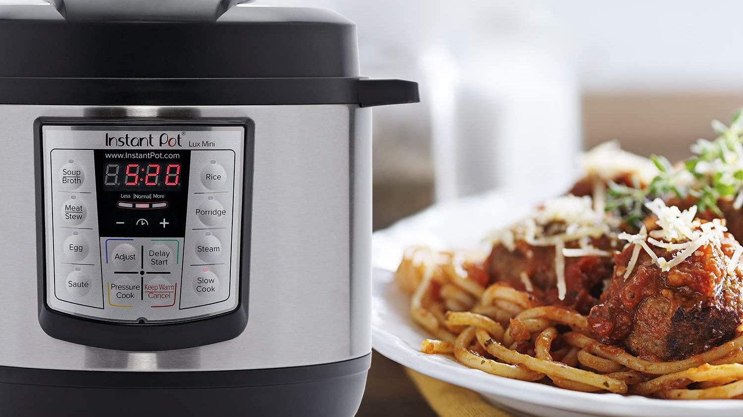 Get a best-selling Instant Pot cookbook with 800 delicious recipes for $5 at Amazon thumbnail