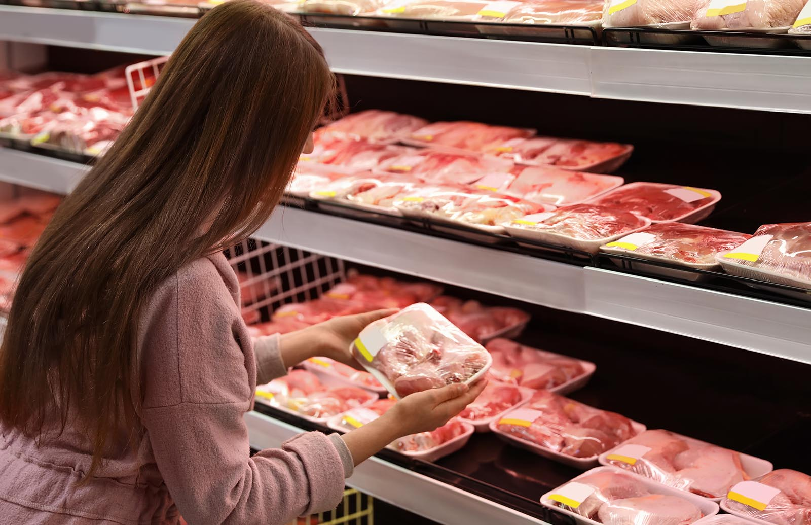 Walmart is going through shortages of those 5 important groceries thumbnail