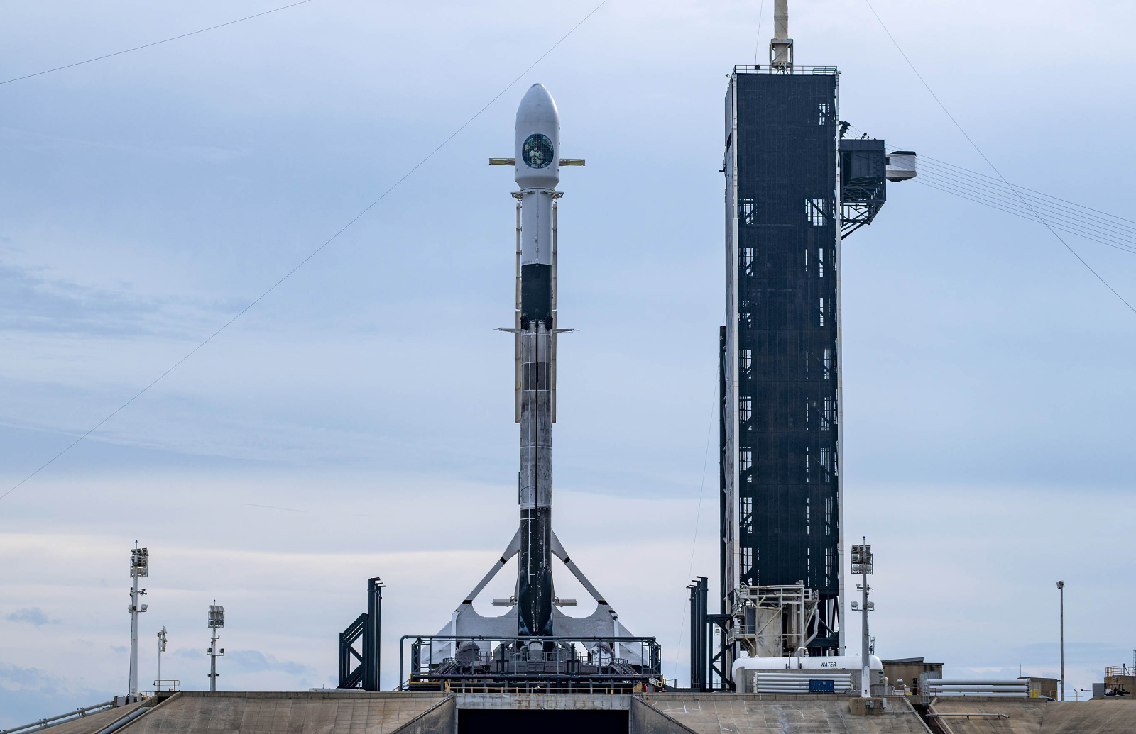 SpaceX forced to push back spy satellite launch for a second time