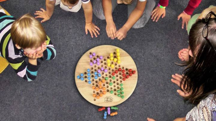 Top Chinese Checkers Sets
