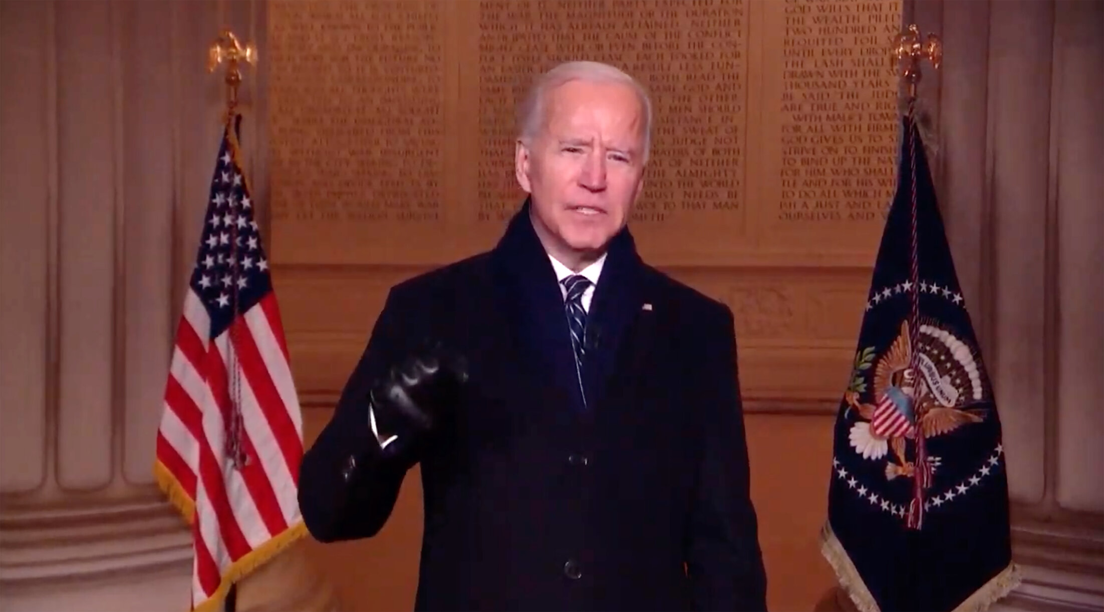 <p>Fox News thinks Biden broke his own face mask Ruler, but they're wrong thumbnail