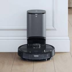 Self-Emptying Robot Vacuum