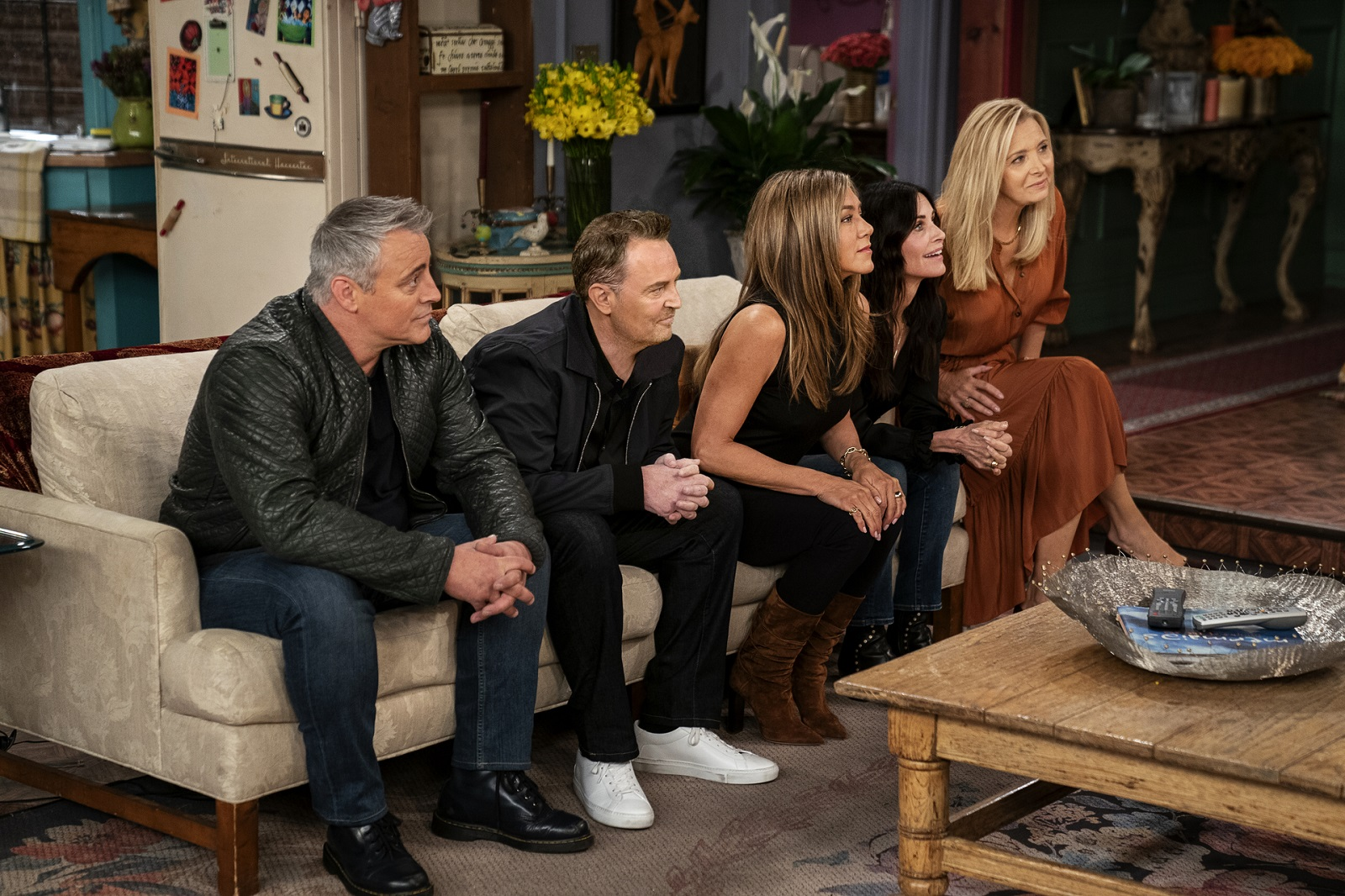 <p>These are the 10 shows Everybody is binge-watching right now on HBO Max, Netflix, and Much More thumbnail
