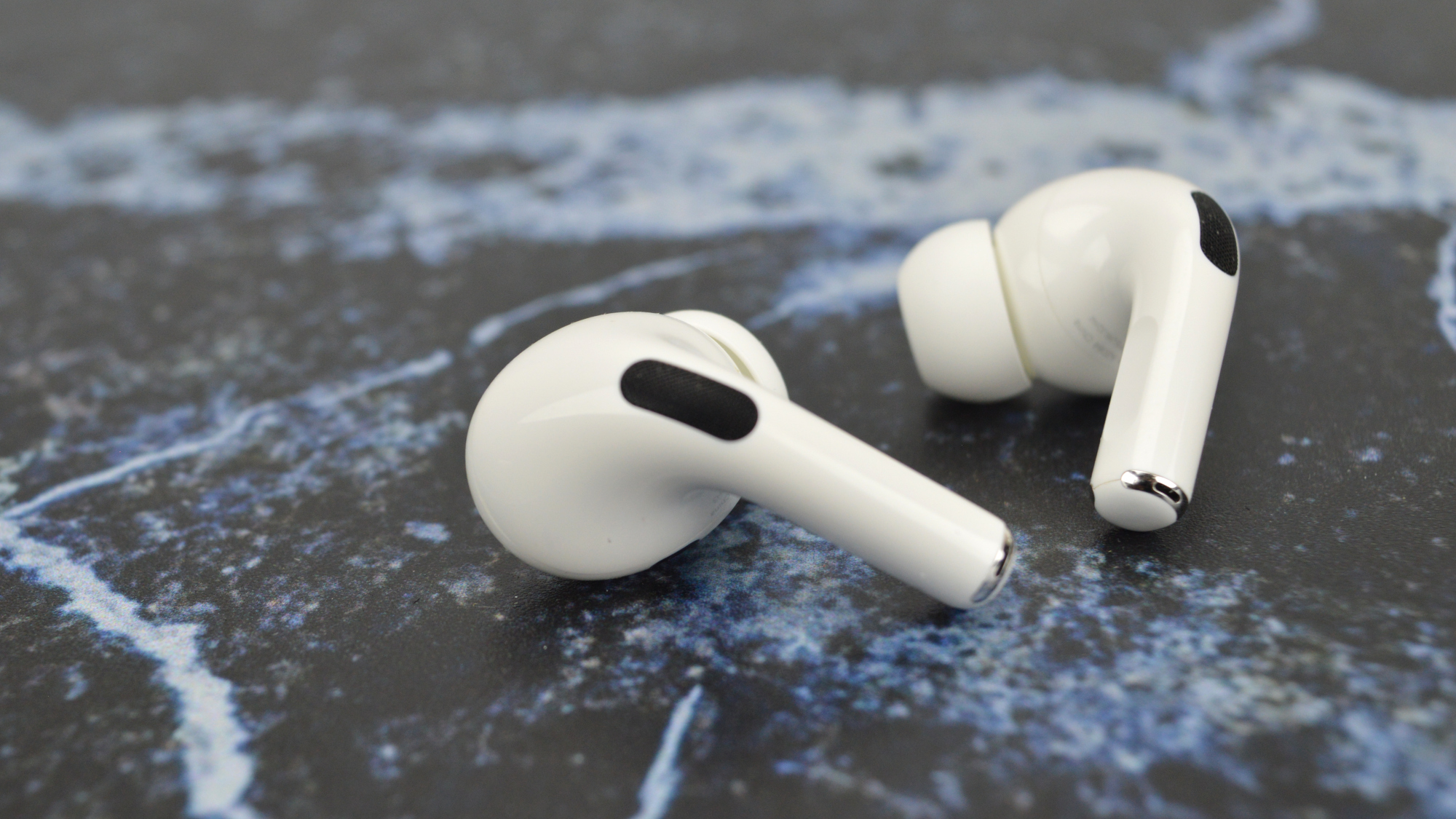 Apple AirPods Pro Buds 2