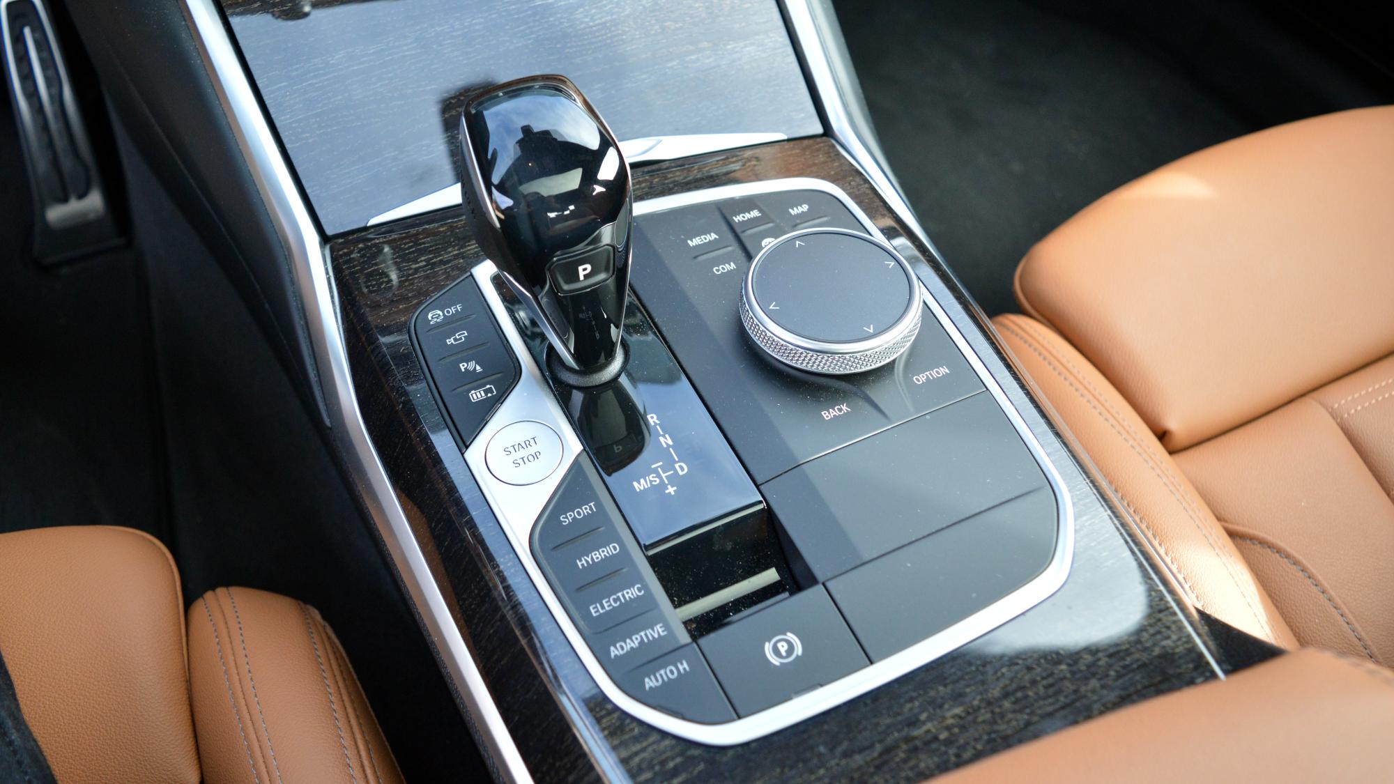 BMW 330e Controls