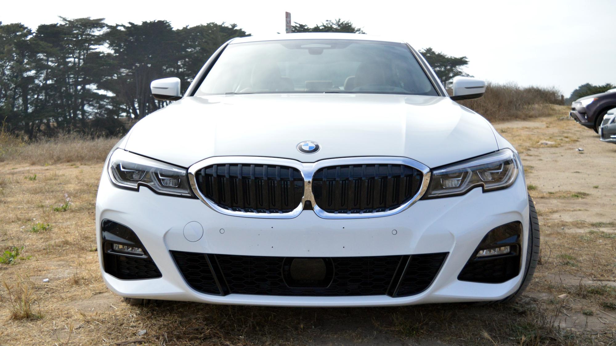 BMW 330e Front