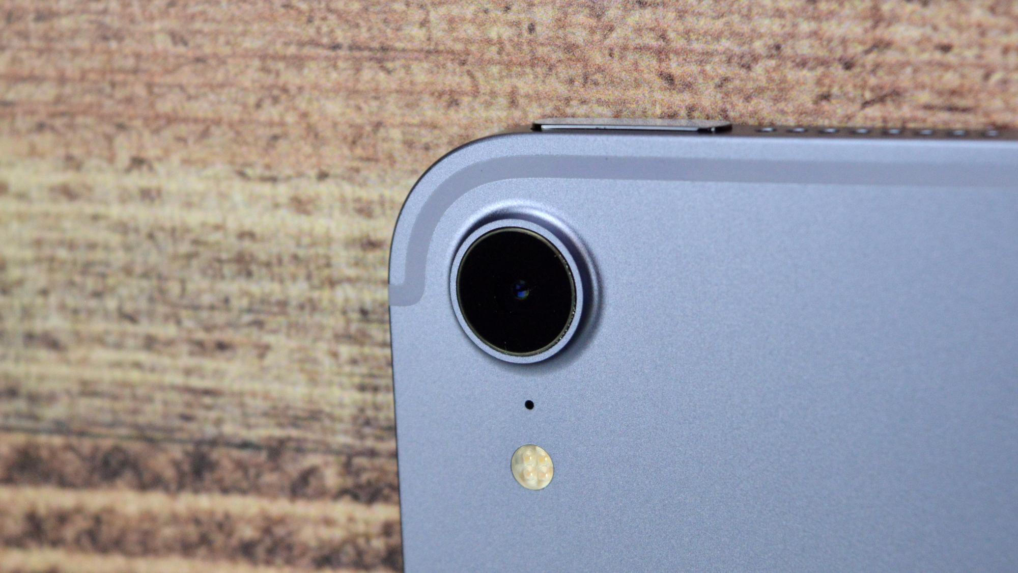 Apple iPad Mini 2021 Camera