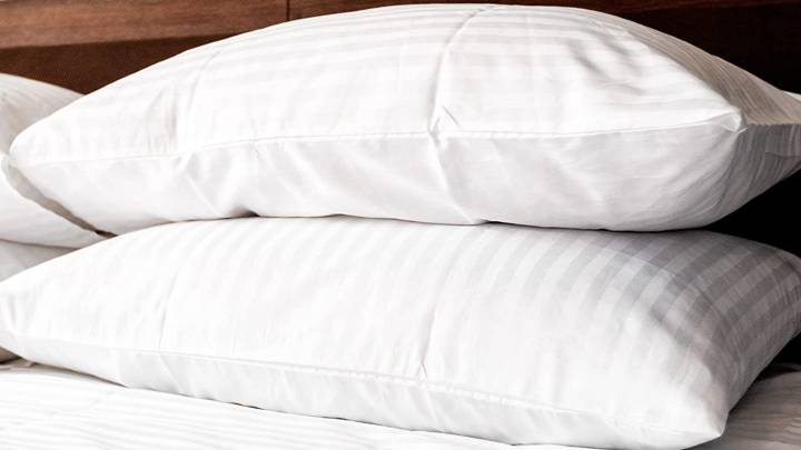 Luxury bed pillows