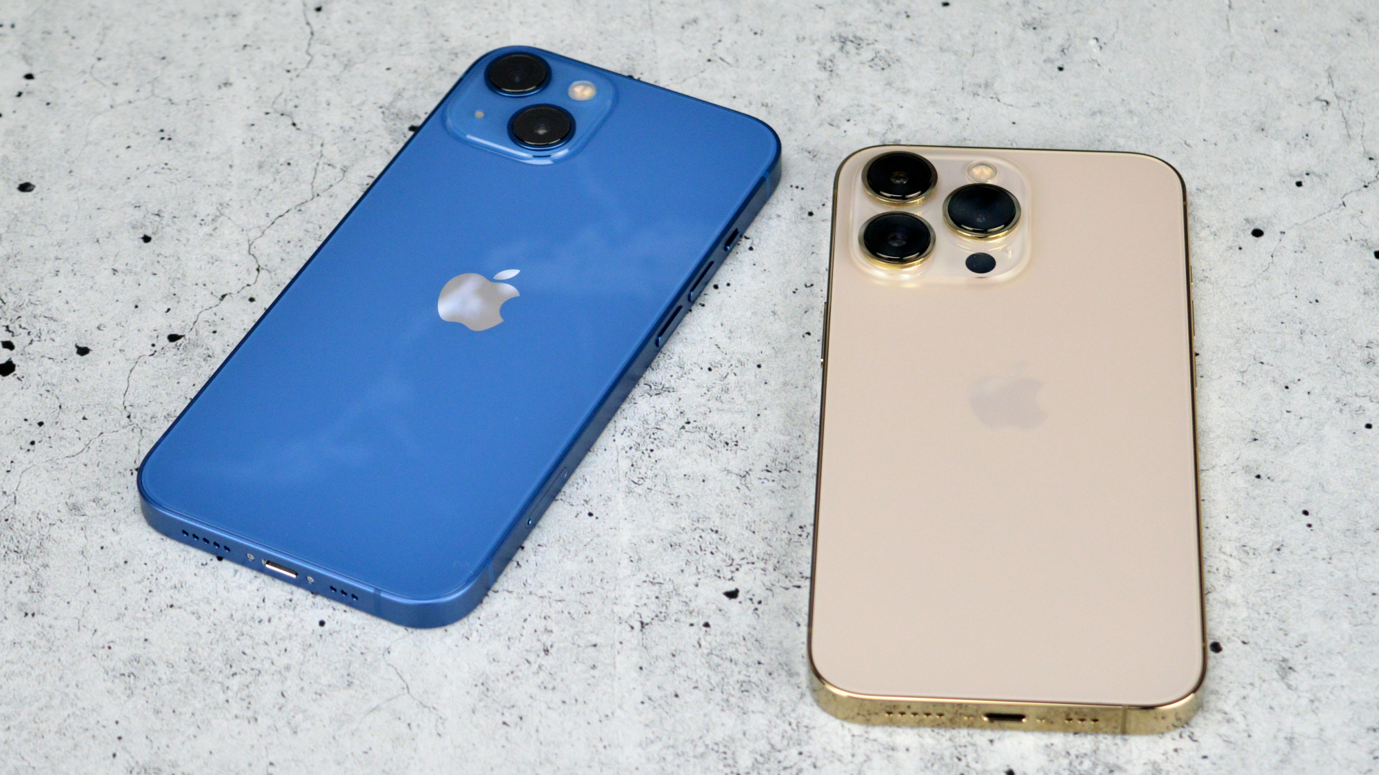 Apple iPhone 13 and 13 Pro
